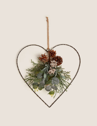wire heart shaped christmas wreath