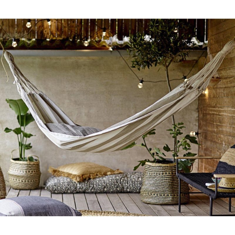 Patio with decking and hammock